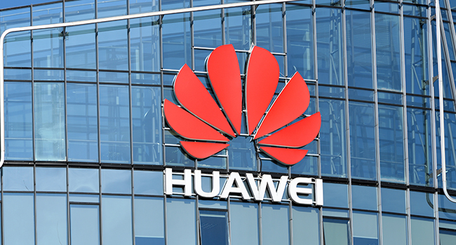 Trump Signs Order to Ban Huawei Brands